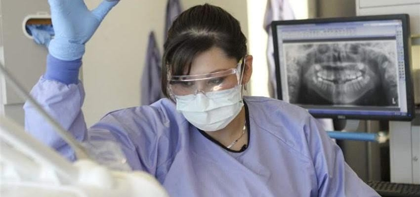 Dental therapists all smiles in Gopher State