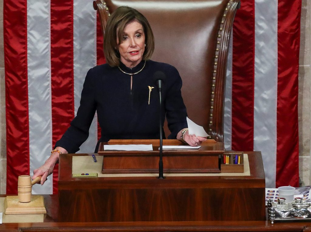 'Somber' Pelosi scolds impeaching Dems after smirk