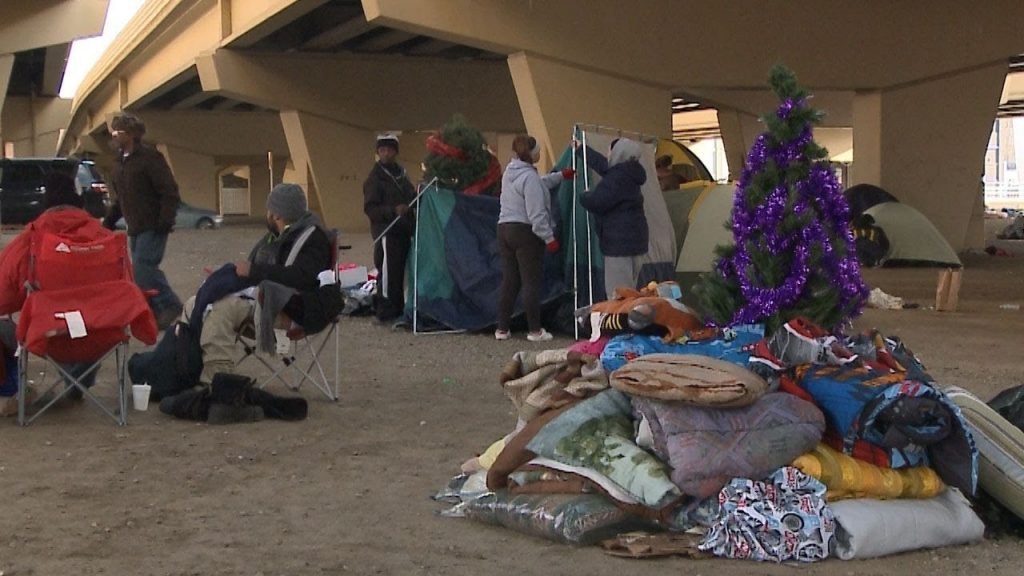 Just in time for DNC, Milwaukee libs 'green' over homeless problem