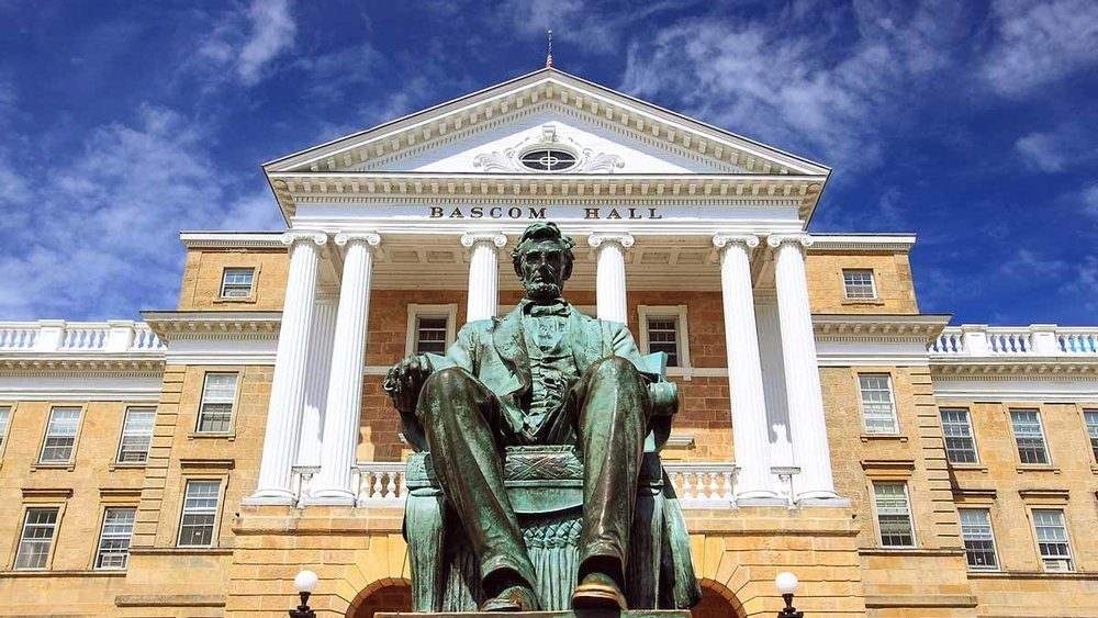 College Republicans seek to save Abraham Lincoln