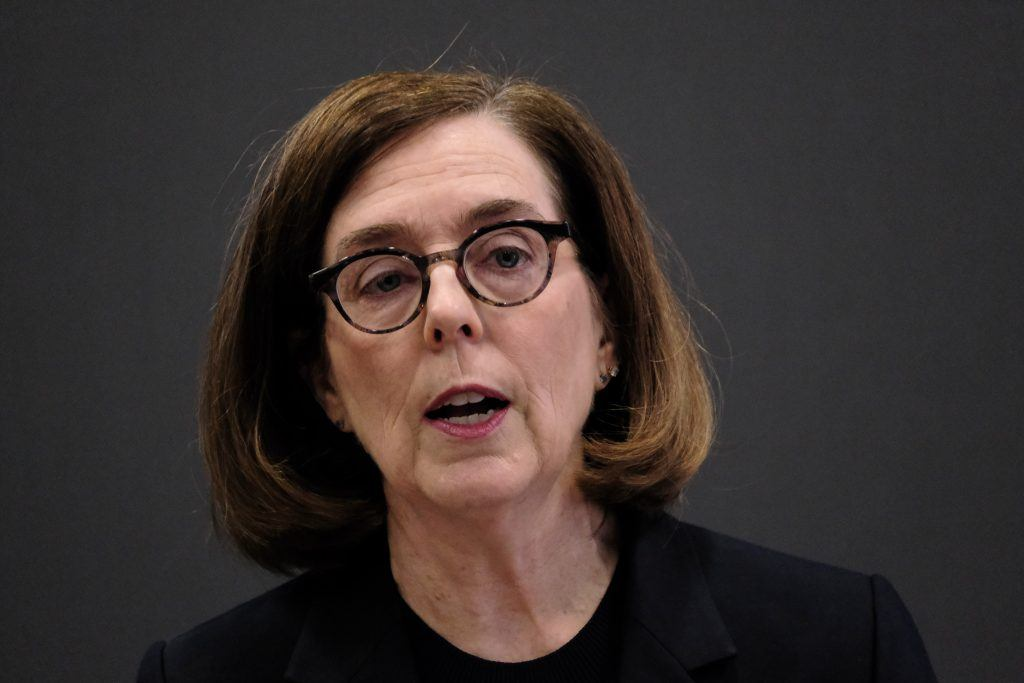 Oregon Guv plays favorites with jobless public employees