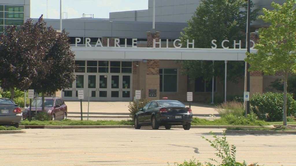 Sun Prairie High assignment equates police to Nazis