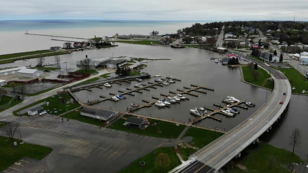 Kewaunee businesses hit hard by marina inaction